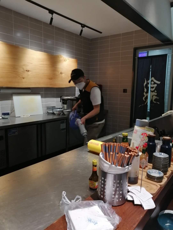 南京料理店灭老鼠现场